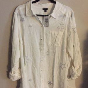 NWT Torrid White Gauze Button-up with Star Details